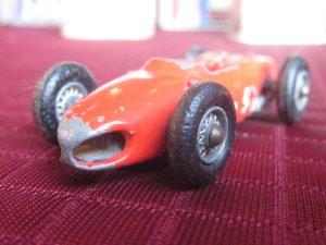 画像1: ビンテージ レズニーNo73,フェラーリレーシングカー,マッチBOX
